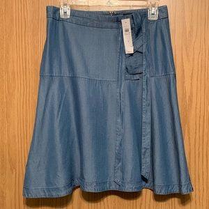 Ann Taylor NWT Denim Chambray skirt size 4